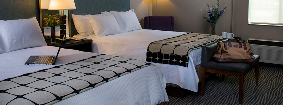 2 Queen Bed Hotel Room at Hotel Marshfield